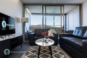 1 Bedroom Apt With Parking Walk to ANU - Accommodation Melbourne
